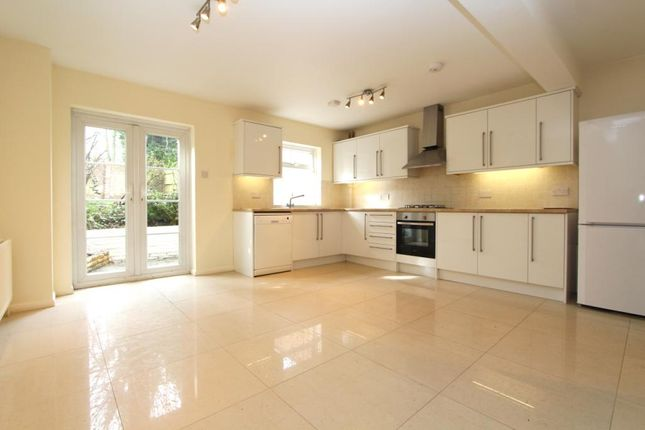 Thumbnail Property to rent in Westmoreland Place, Ealing, London