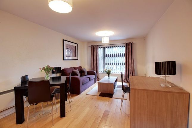 Thumbnail Flat to rent in St. Giles Close, Reading