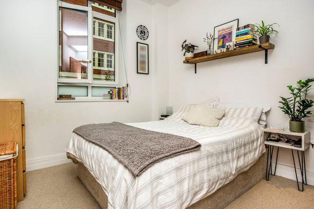 Bedroom of 67 Tufton Street, Westminster SW1P