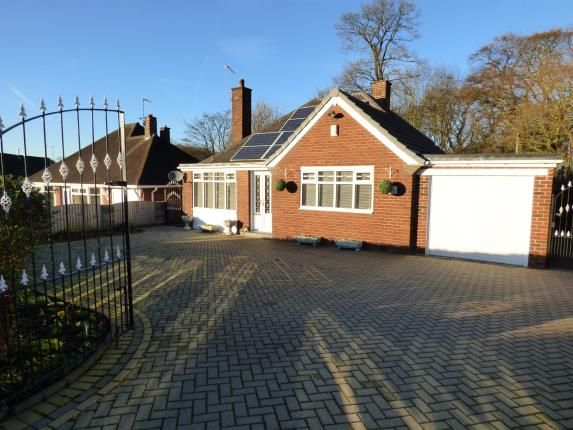 Thumbnail Bungalow for sale in Clough Hall Road, Kidsgrove, Stoke-On-Trent, Staffordshire
