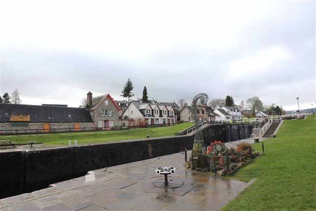 Caledonian Canal of Fort Augustus PH32