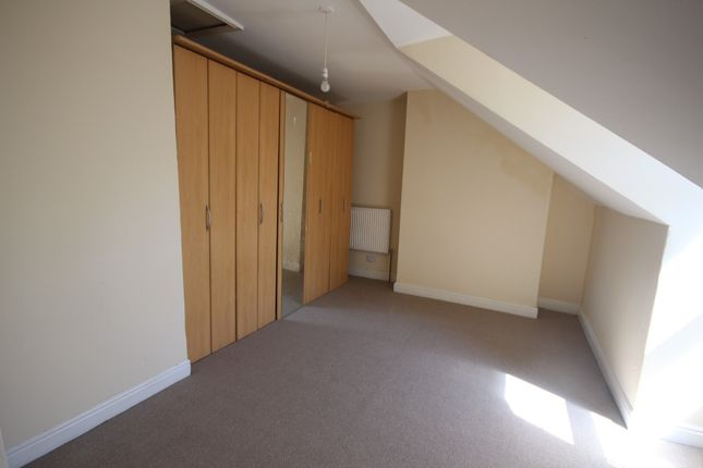 Thumbnail Flat to rent in Lambton Terrace, Roundhay Road, Leeds, West Yorkshire