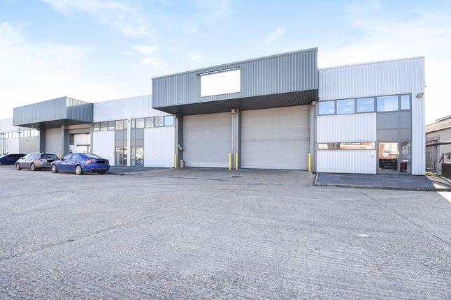Thumbnail Industrial to let in Dukes Road, London