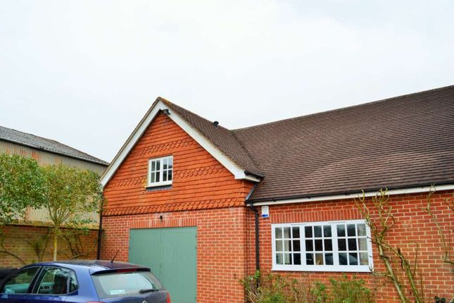 Thumbnail Flat to rent in North End, Newbury