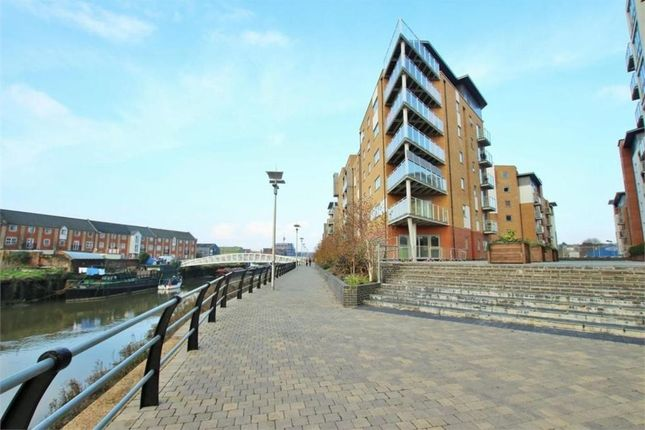 Thumbnail Penthouse to rent in Ship Wharf, Colchester