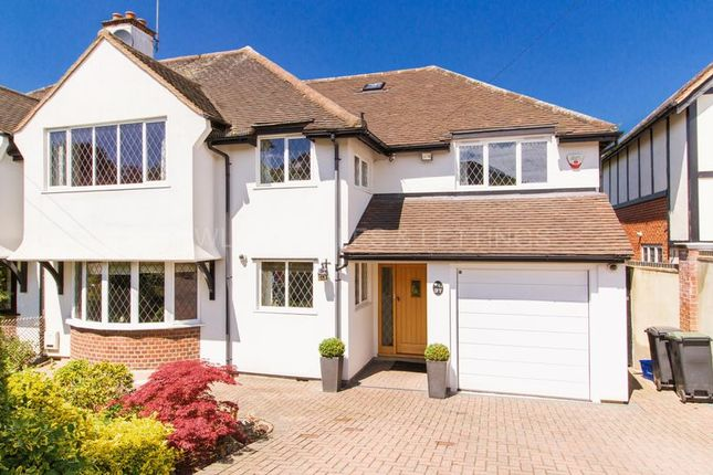 Thumbnail Property to rent in Mount Pleasant Road, Chigwell