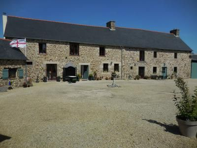 Thumbnail Equestrian property for sale in Le-Gouray, Côtes-D'armor, France