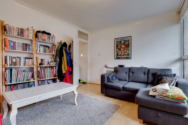 Maisonette for sale in Walworth Place, London