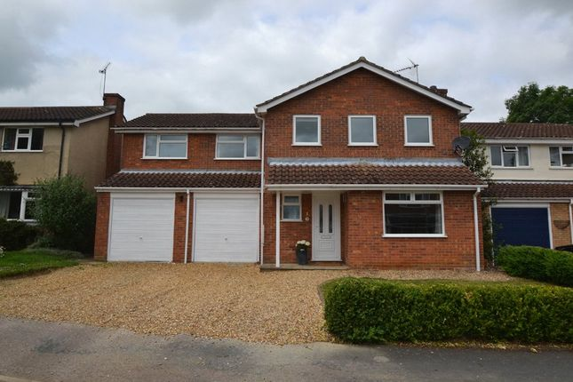 Thumbnail Detached house to rent in Keach Close, Winslow, Bucks