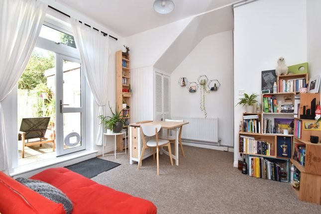 1 bed flat to rent in Selby Road, London SE20