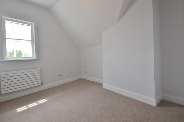Bedroom 1 of Peel, Reading Road, Pangbourne, Reading RG8