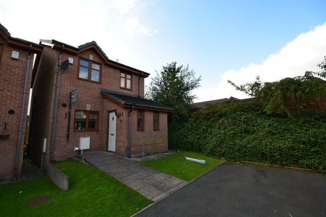 Thumbnail Detached house to rent in Lime Street, Rochdale
