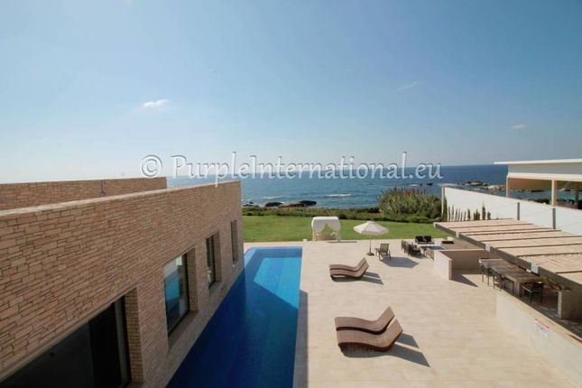 Thumbnail Villa for sale in Peyia, Cyprus