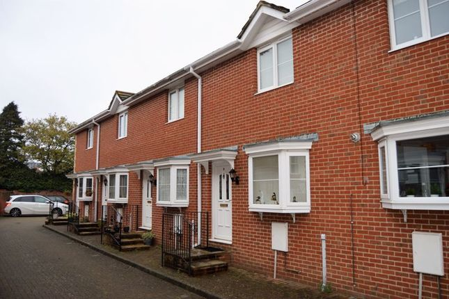 Thumbnail Terraced house to rent in Station Avenue, Sandown