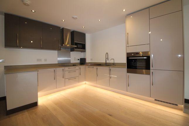 Thumbnail Flat for sale in Avonside House, Fletton Quays, Peterborough, Cambridgeshire