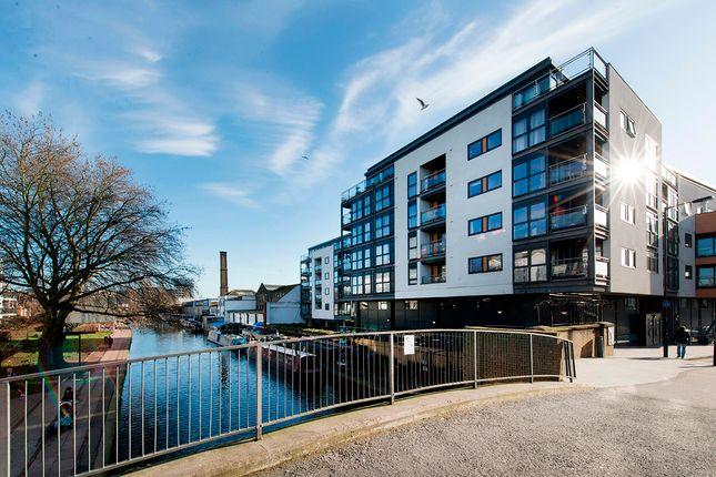 Thumbnail Flat for sale in Angel Wharf, Shepherdess Walk, Islington