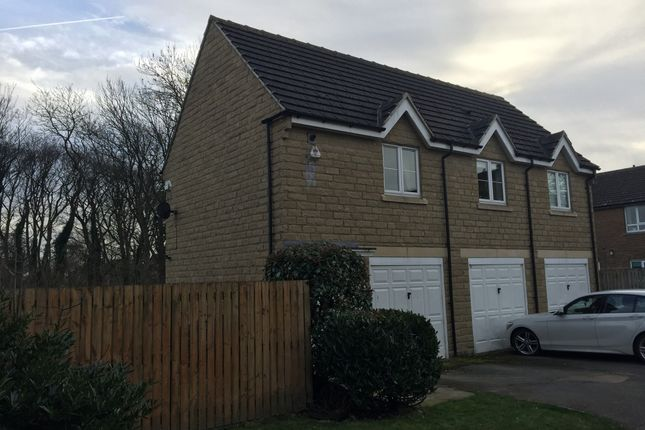 Thumbnail Flat for sale in Newbury Close, Shipley, West Yorkshire