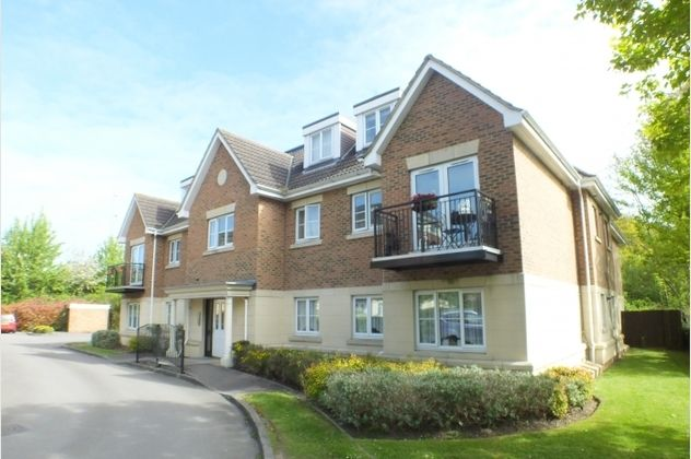 Thumbnail Flat for sale in Meadow House, Toad Lane, Blackwater, Camberley, Hampshire
