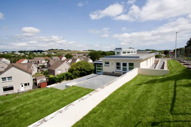 Patio of Falkland Crescent, Broughty Ferry, Dundee DD5