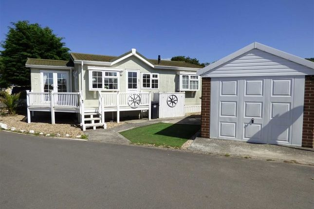 Thumbnail Mobile/park home for sale in Ash Road, Summer Lane Caravan Park, Banwell