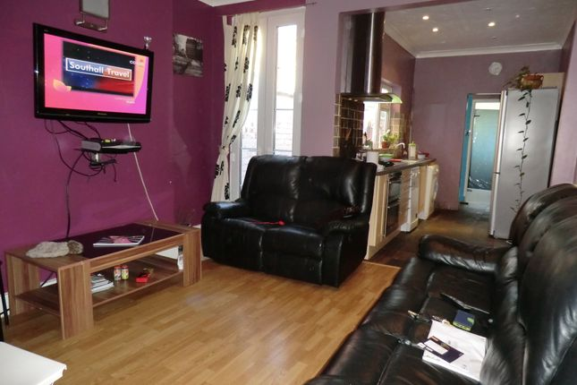 Thumbnail 3 bed terraced house to rent in Humber Avenue, Stoke, Coventry