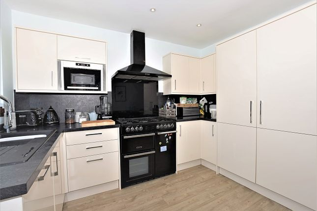 Kitchen of Ridgeway West, Sidcup DA15