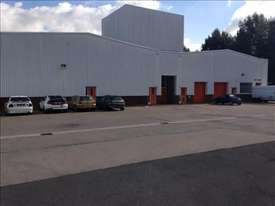 Light industrial to let in East Moons Moat, Oxleasow Road, Redditch, Worcestershire
