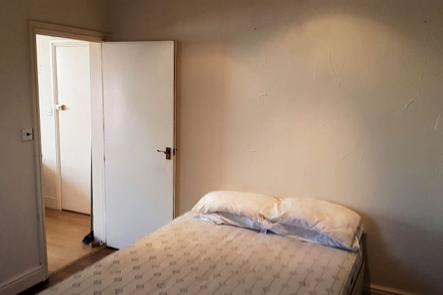 Flat to rent in Skelmesdale Road, Clacton-On-Sea