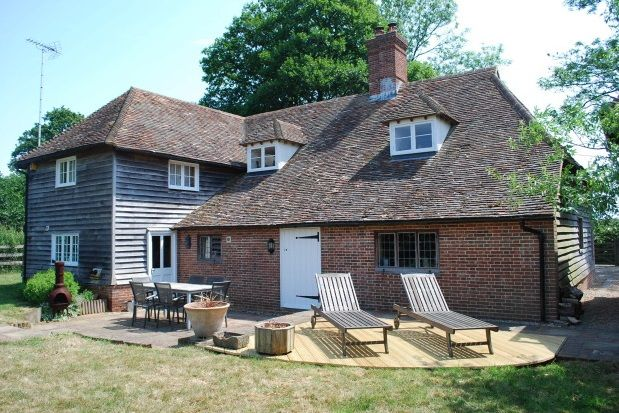 Thumbnail Detached house to rent in Dean Hill, Harrietsham, Maidstone