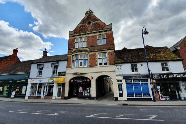 Picture No. 09 of High Street, St. Neots, Cambridgeshire PE19