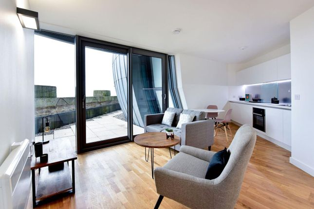Thumbnail Flat for sale in Lilycroft Road, Bradford