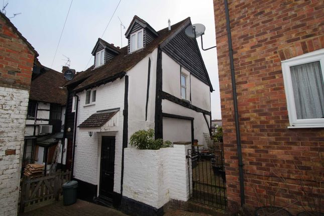 Thumbnail Cottage for sale in High Street, Old Town, Hemel Hempstead