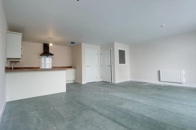 Thumbnail Flat for sale in Otter Court, Buxton