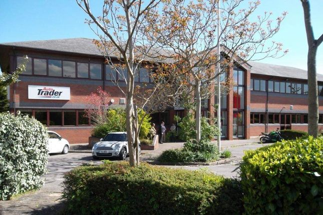 Thumbnail Office to let in Auto Trader & Hartman House, Reading
