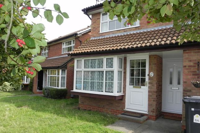 Maisonette to rent in John Russell Close, Guildford, Surrey