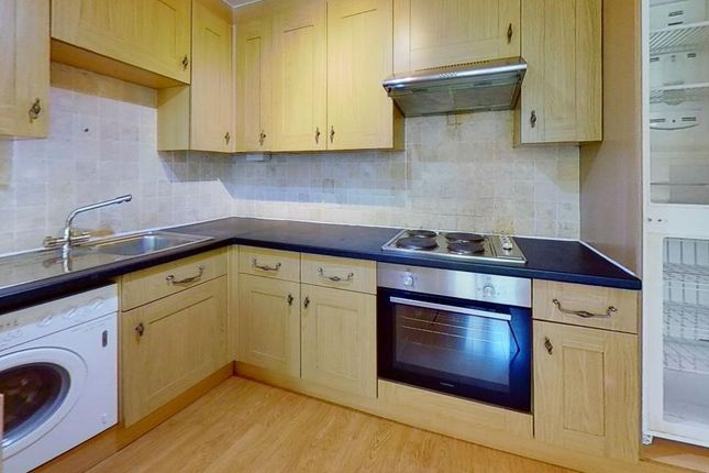 Thumbnail Flat to rent in 6, Llanbleddian Gardens, Cathays, Cardiff, South Wales