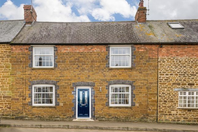 Thumbnail Cottage for sale in School Street, Woodford Halse, Daventry