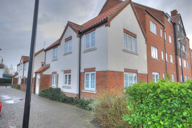 Thumbnail Flat for sale in Commercial Road, Dereham