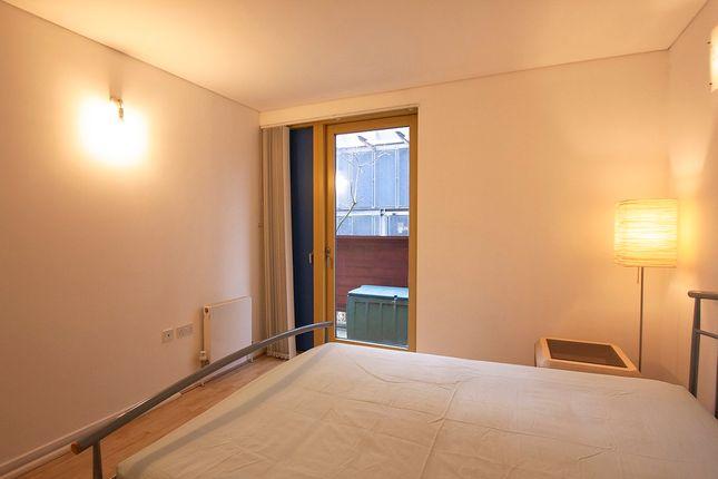Master Bedroom To Window
