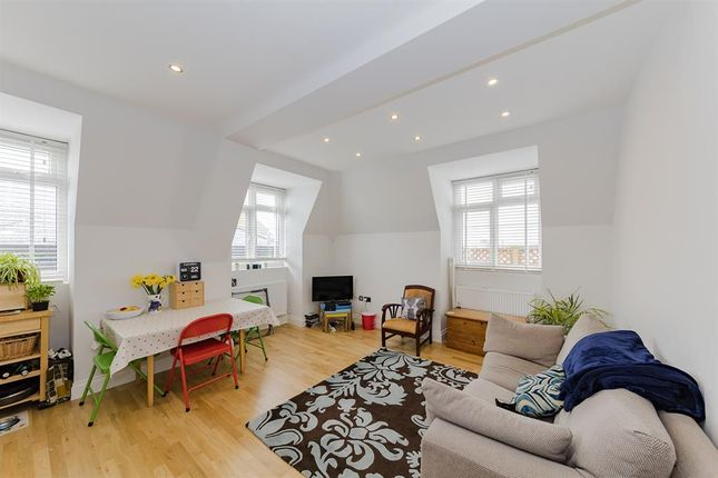 Thumbnail Flat to rent in Chapel Road, Worthing