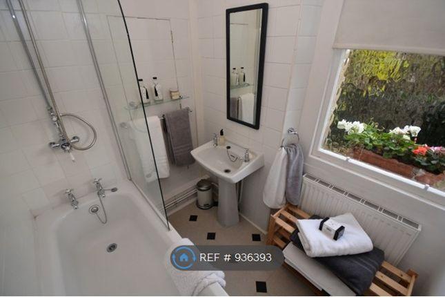 Bathroom of Winton Drive, Kelvinside, Glasgow G12
