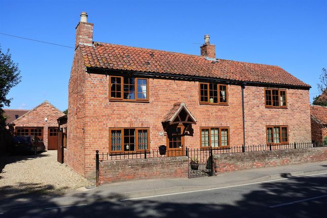Thumbnail Detached house for sale in Bridge Street, Marston, Grantham