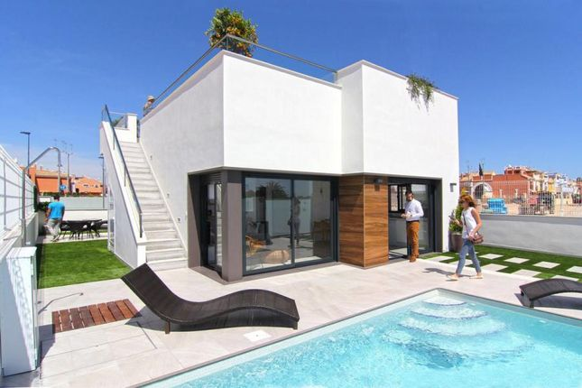3 bed villa for sale in Roda Golf, Los Alcázares, Murcia, Spain