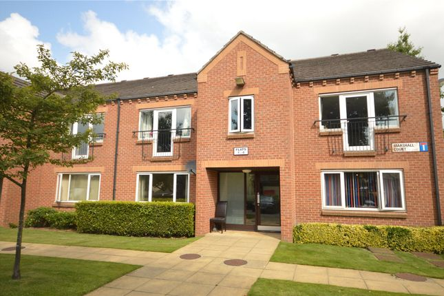 2 bed flat for sale in Marshall Court, Yeadon, Leeds LS19