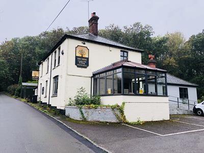 Thumbnail Pub/bar for sale in Sun In The Wood, Stoney Lane, Ashmore Green, Berkshire