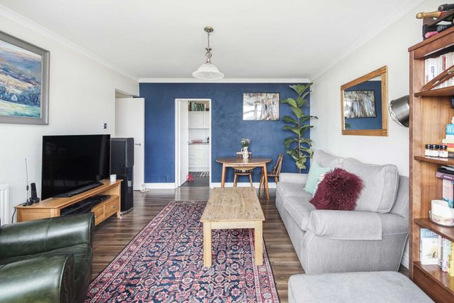 Thumbnail Flat for sale in Landmark Heights, Clapton