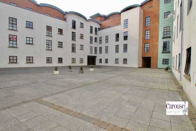 Thumbnail Flat to rent in Curzon Place, Gateshead, Tyne & Wear