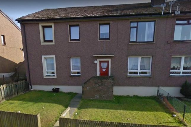3 bed flat to rent in Lamont Crescent, Cumnock KA18