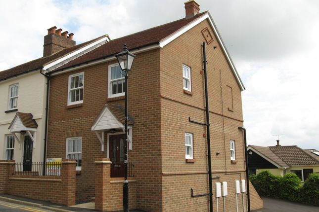 Thumbnail Flat to rent in New Road, Crowborough