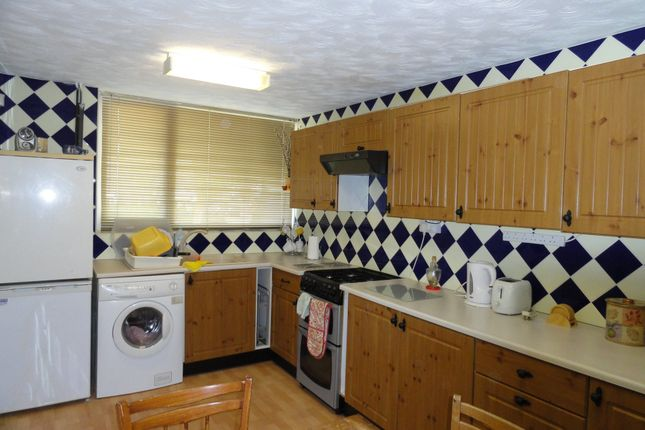 Thumbnail Terraced house to rent in Grasmere Way, South Bletchley, Milton Keynes
